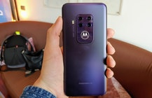 Motorola lists 4-camera Moto One Zoom for less than $450