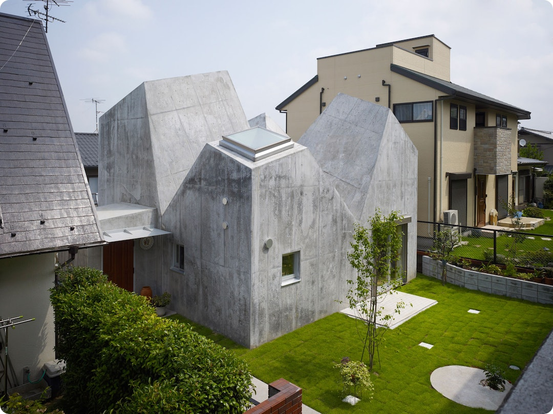 House in Kohoku by Torafu Architects