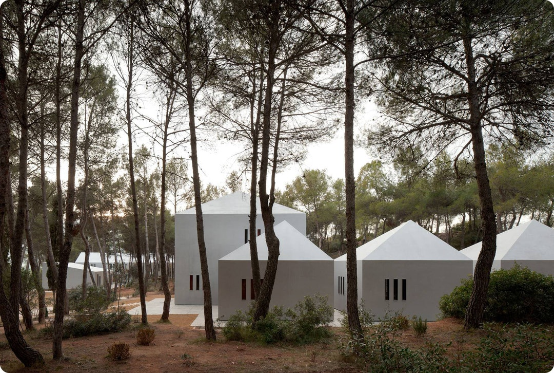 Viladoms Summer Camp House by OAB