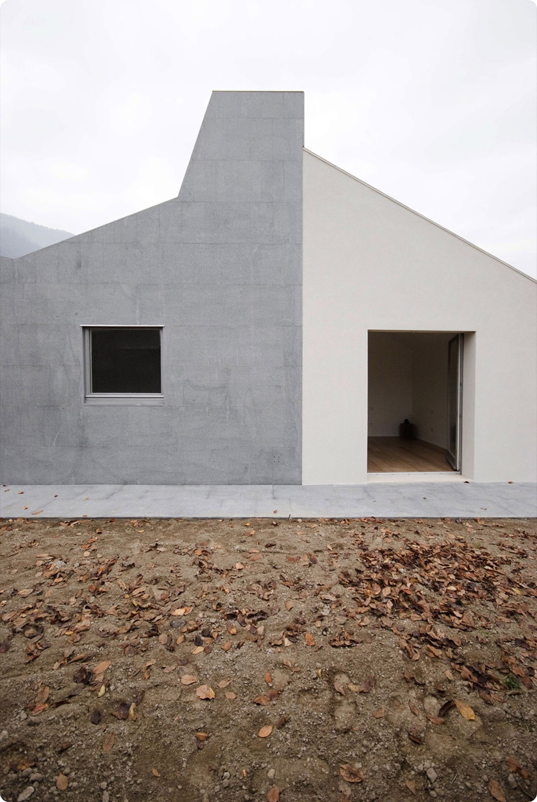 Wiggly House by ifdesign